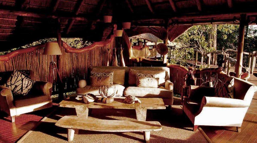Le salon du lounge de Chitabe Camp