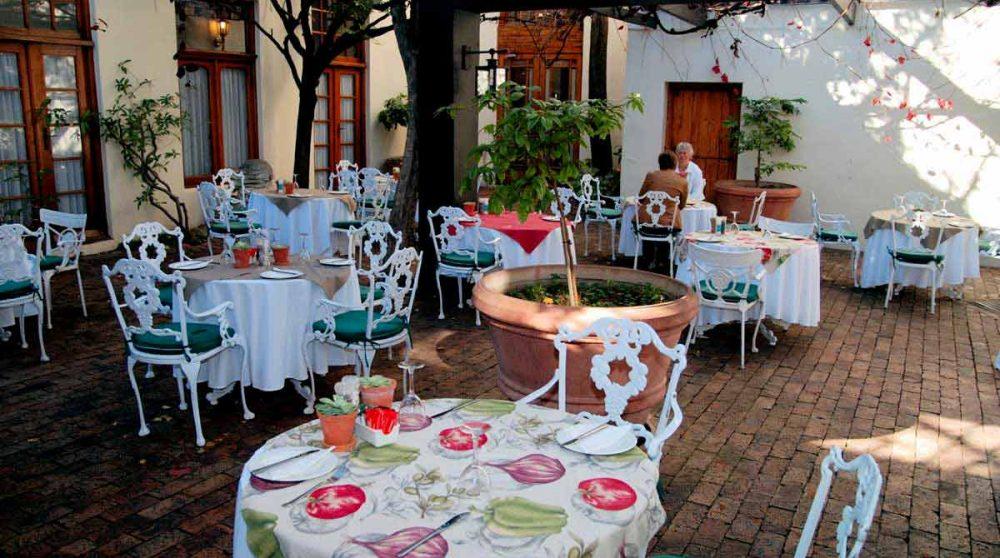 Le restaurant extérieur au D'Ouwe Werf