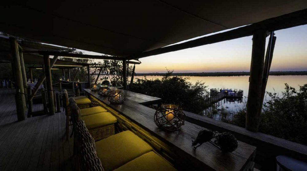 Depuis le lounge dans le Delta de l'Okavango