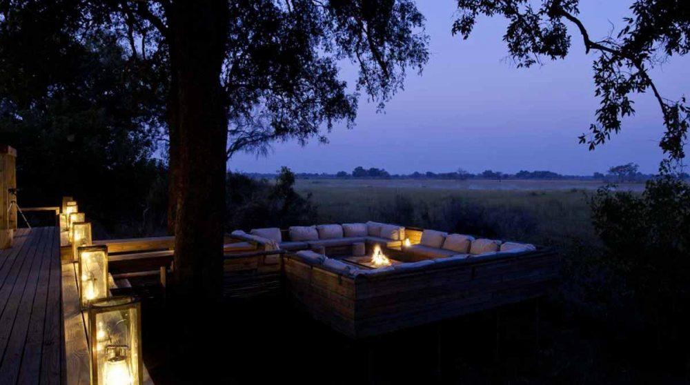 La nature la nuit depuis la terrasse au Botswana