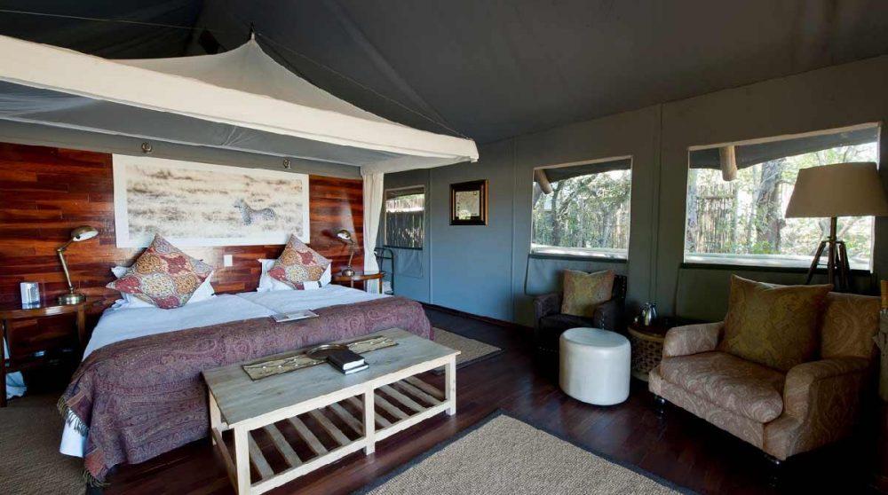 Vue d'ensemble de l'une des tentes au Botswana