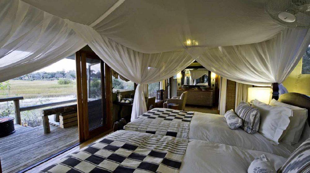Dans l'une des tentes dans le Delta de l'Okavango