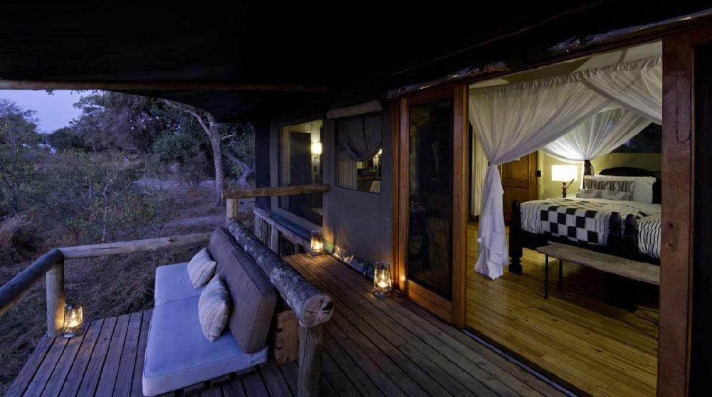 La terrasse de l'une des tentes au Botswana
