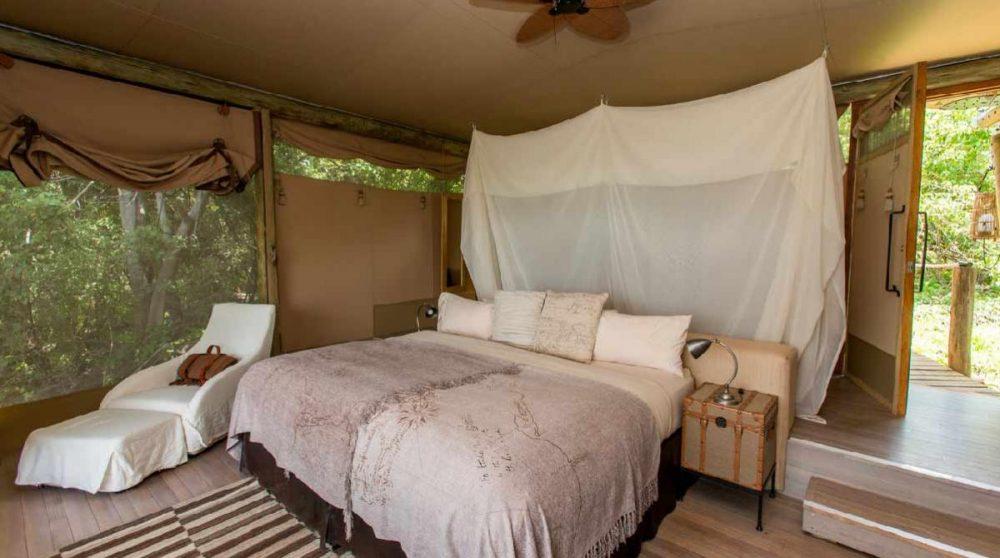Dans la tente au Botswana