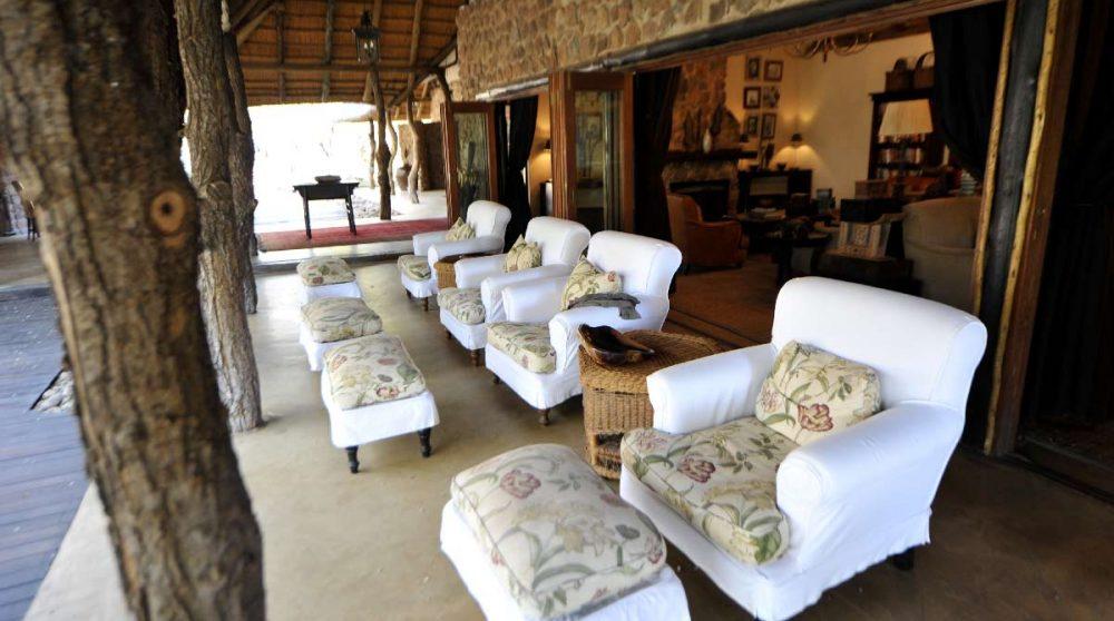 La terrasse du Dulini Lodge