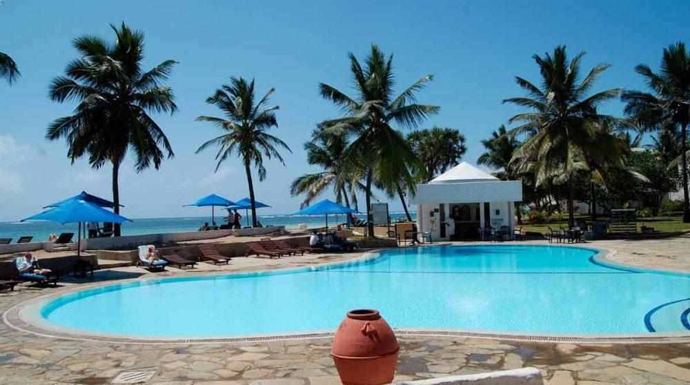La piscine de l'Indian Ocean Beach Club de Mombasa