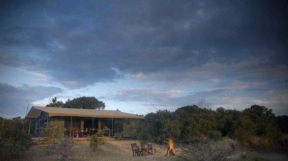 Bienvenue au Porini Rhino Camp