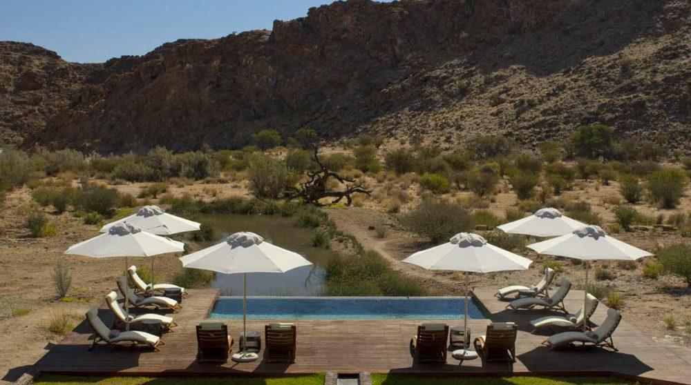 La piscine du Tutwa Desert Lodge