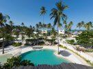La piscine du White Sand Luxury Villas