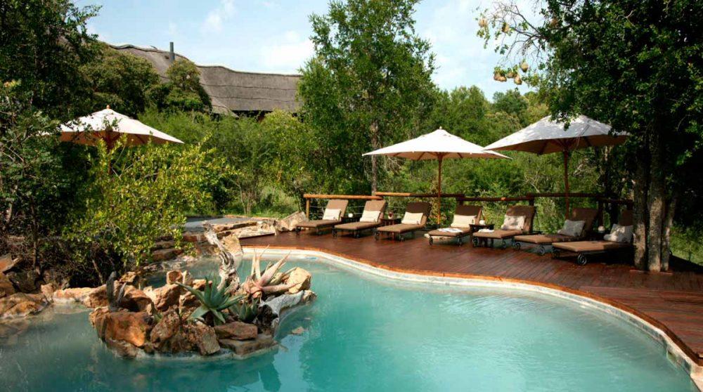La piscine de l'hôtel en Afrique du Sud