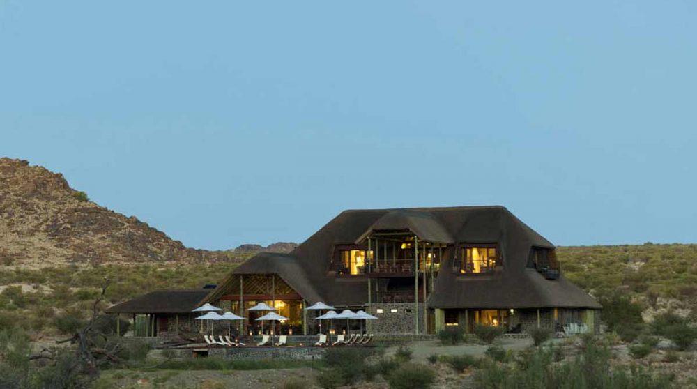 Les parties communes en fin de journée dans la Kalahari