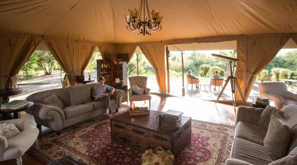 Le salon dans le Masai Mara