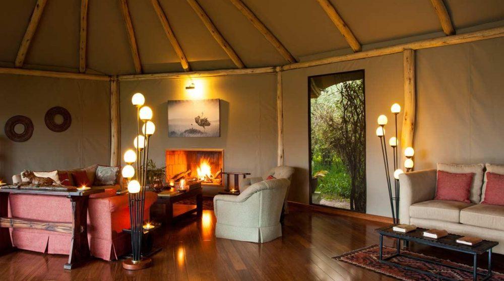 Aperçu du salon du camp dans le Masai Mara