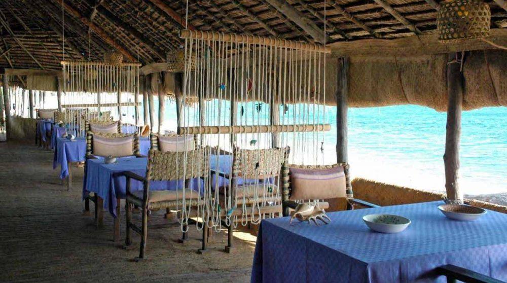 Le restaurant avec vue sur l'océan Indien