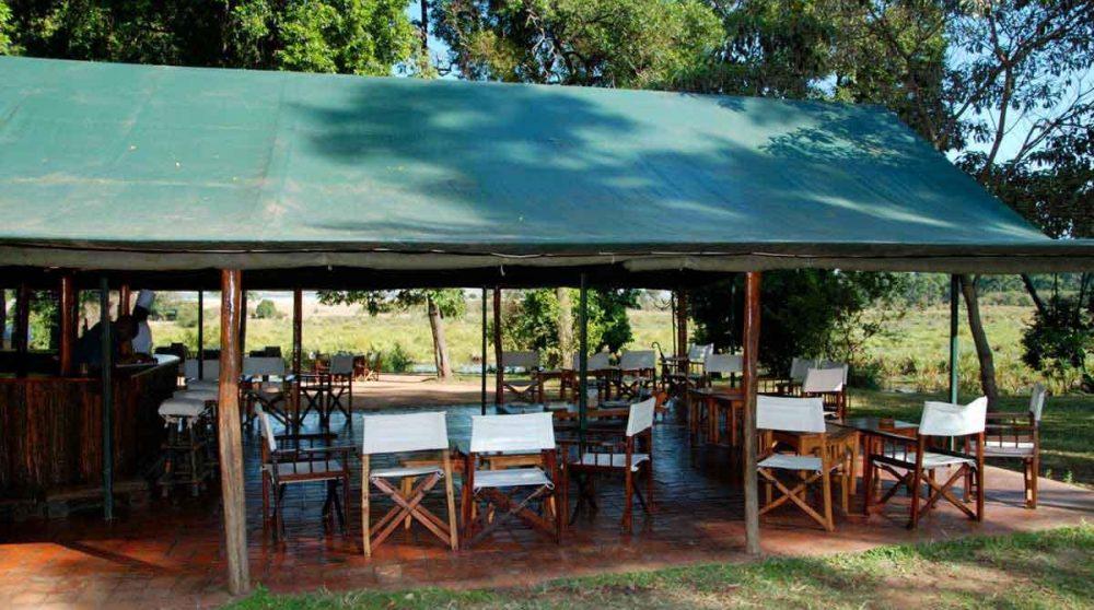 La terrasse dans le Masaï Mara