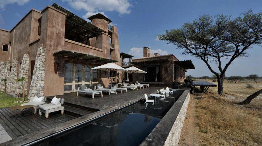 La piscine et la nature à Etosha