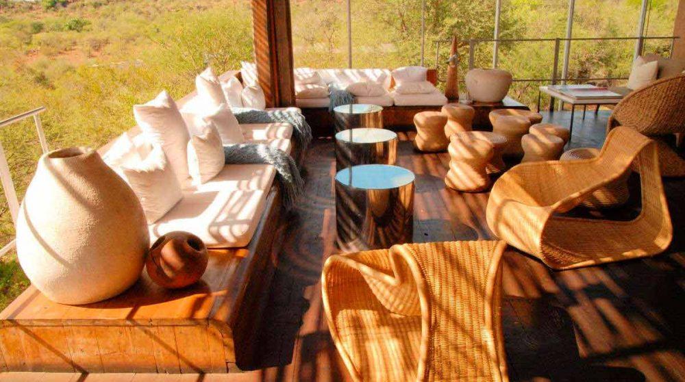 Salon sur la terrasse au parc Kruger