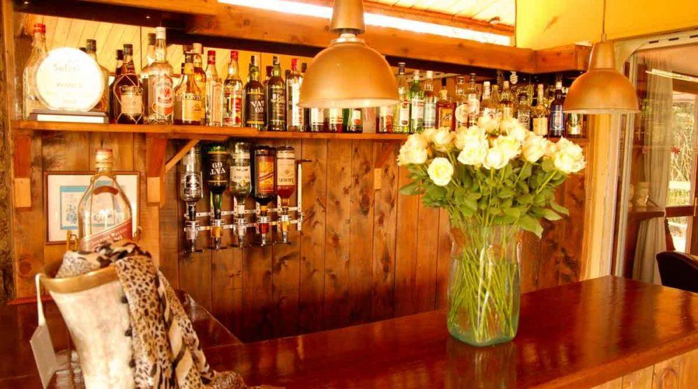 Le bar de l'hôtel à Nairobi