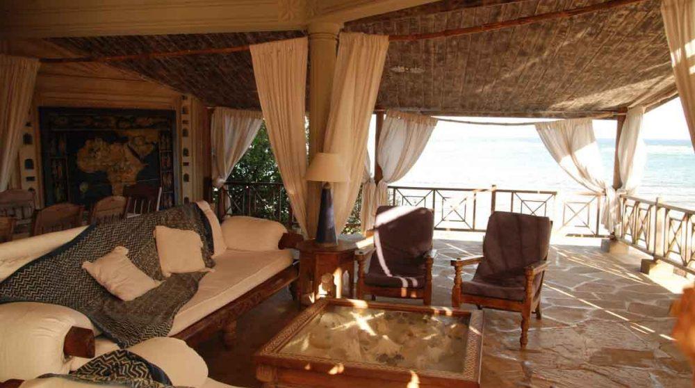 Le salon de l'Alfajiri Cliff Villa