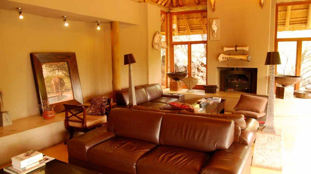 Salon du Etali Safari Lodge
