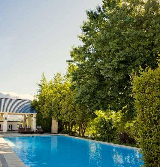 La piscine de l'hôtel Franschhoek Hotel and Spa