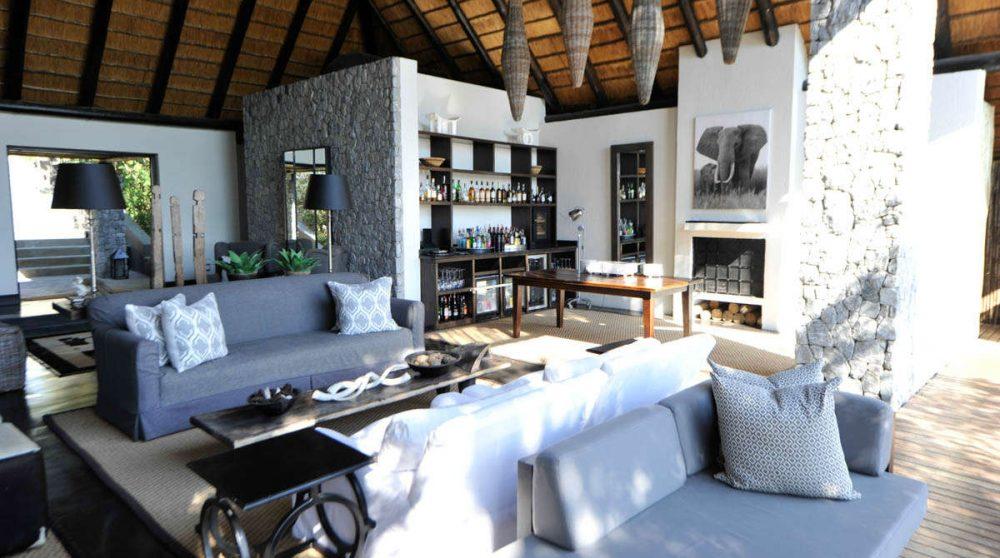 Canapés au Londolozi Granite Suites