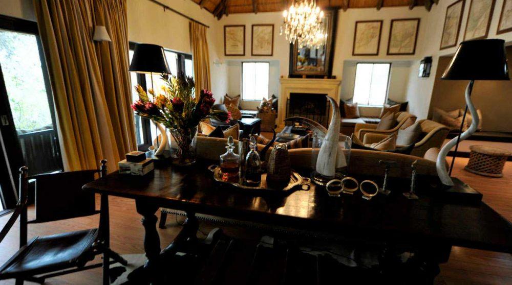 Un salon du Londolozi Pioneer Camp
