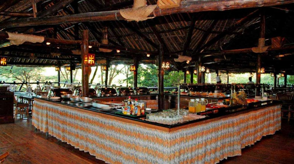 Un buffet au Mara Simba Lodge