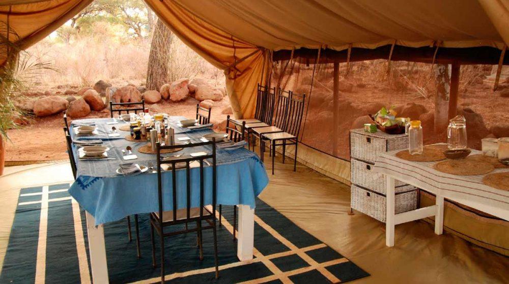 Table pour déjeuner au Kenya