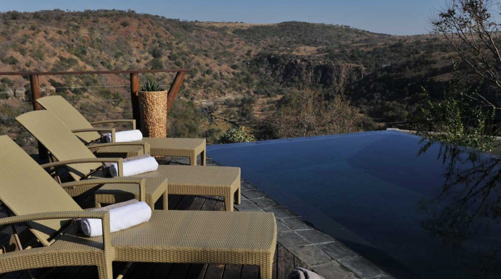 La piscine du lodge en Afrique du Sud