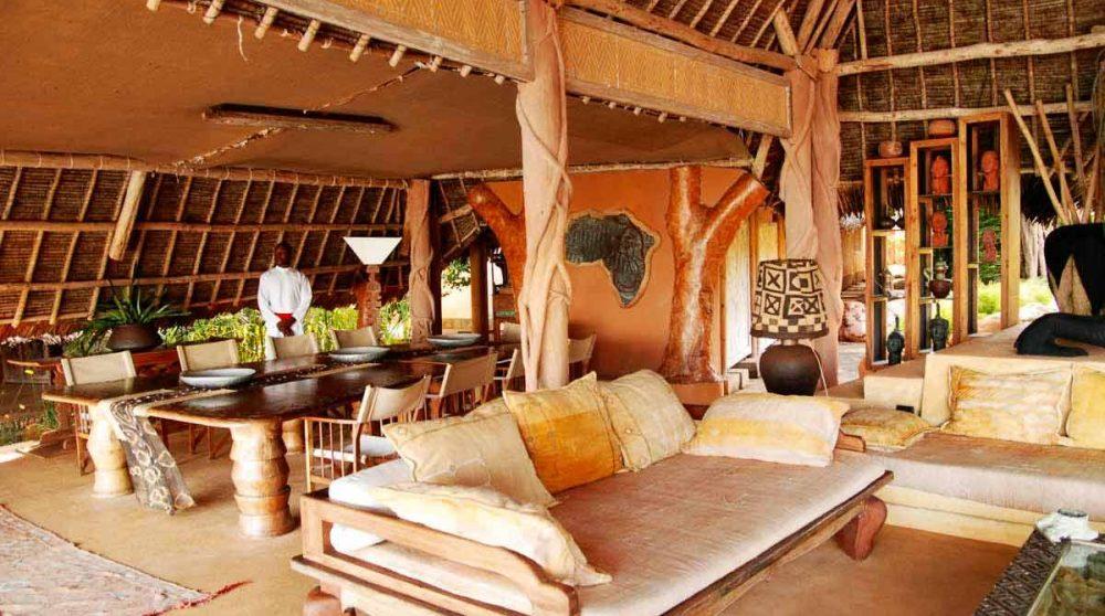 Le salon avec la salle à manger au Kenya