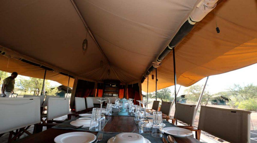 Table pour déjeuner en Tanzanie