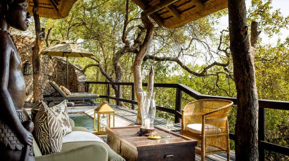 La terrasse d'une chambre en Afrique du Sud