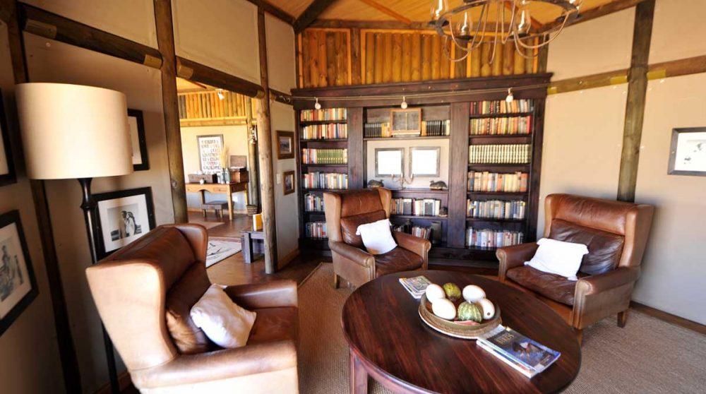 La bibliothèque à Namib