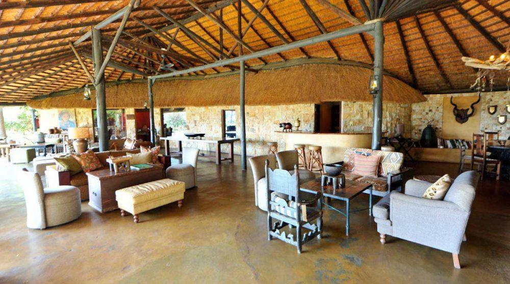 Vue d'ensemble du salon en Afrique du Sud
