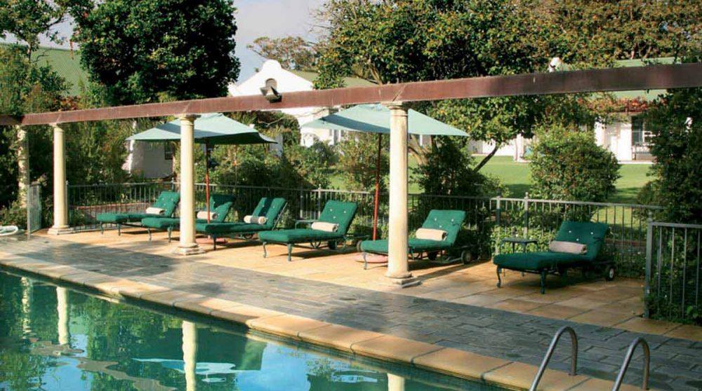 La piscine de l'hôtel au Cap