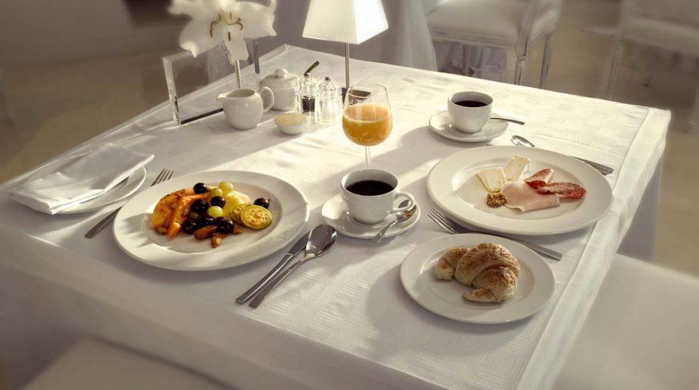 Petit-déjeuner à l'hôtel au Cap