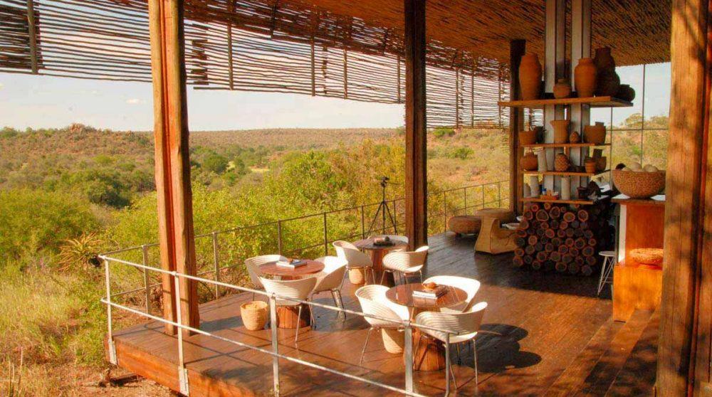 Vue sur une terrasse au parc Kruger
