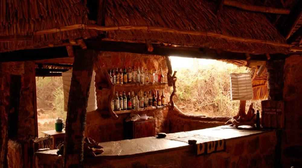 Le bar du camp à Tsavo