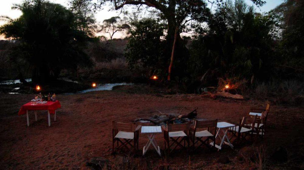 Une soirée en pleine nature au Meru National Parc