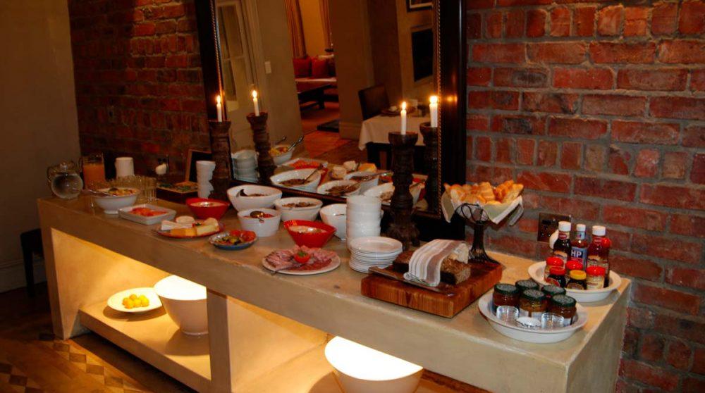Un buffet au restaurant