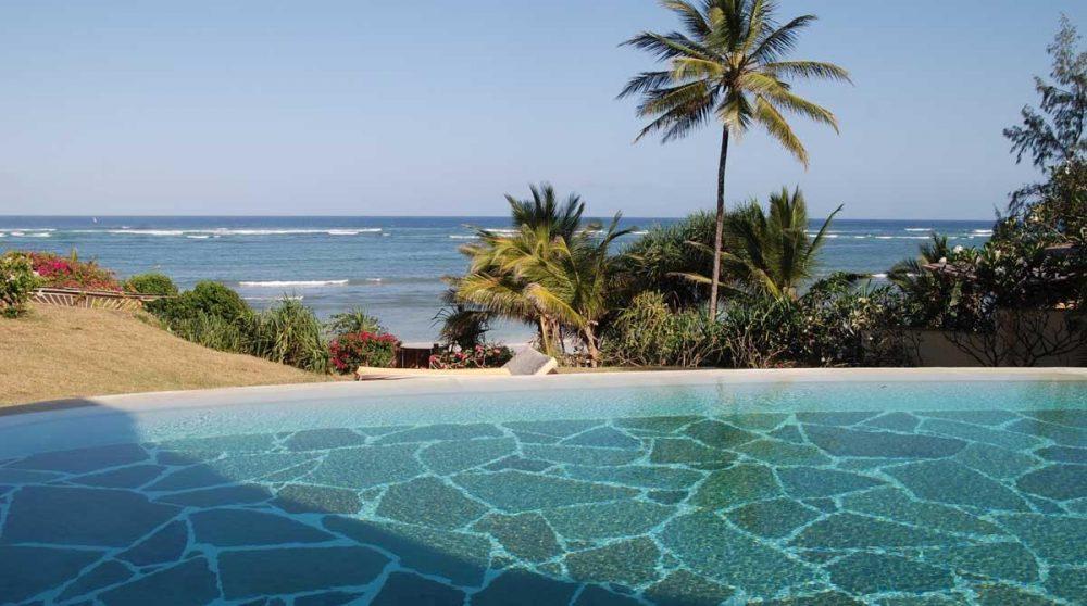 La piscine de l'Alfajiri Garden Villa