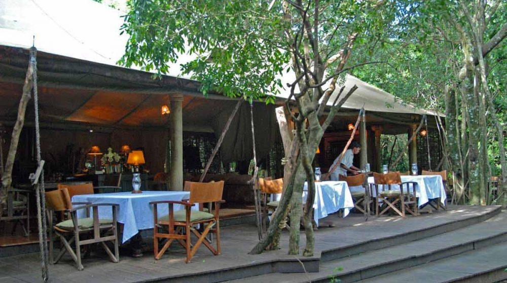 La terrasse du Bateleur Camp