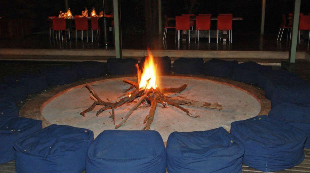 Vue nocturne du Khoka Moya