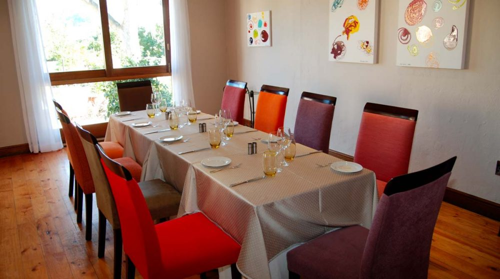 Table au restaurant de l'hôtel Le Quartier Français