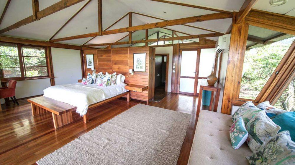La chambre Honeymoon du Makakatana Bay Lodge