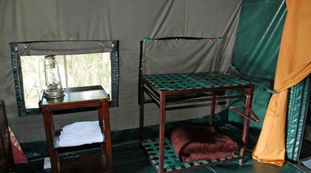 Intérieur d'une tente au Kenya