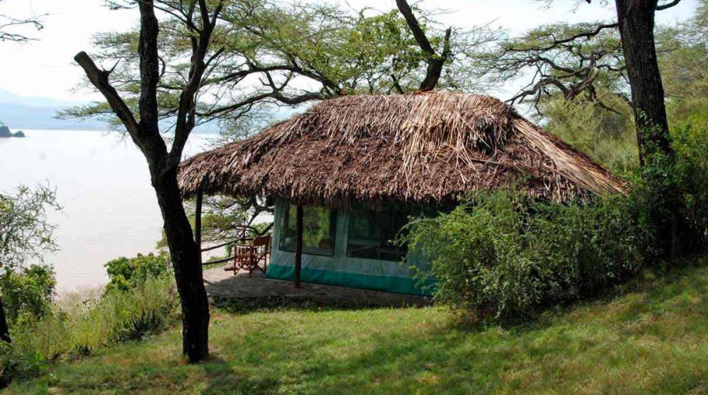 Vue d'une tente au Kenya