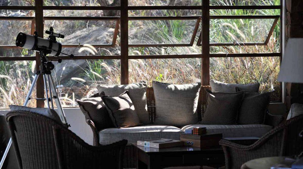 Le salon du lodge en Afrique du Sud