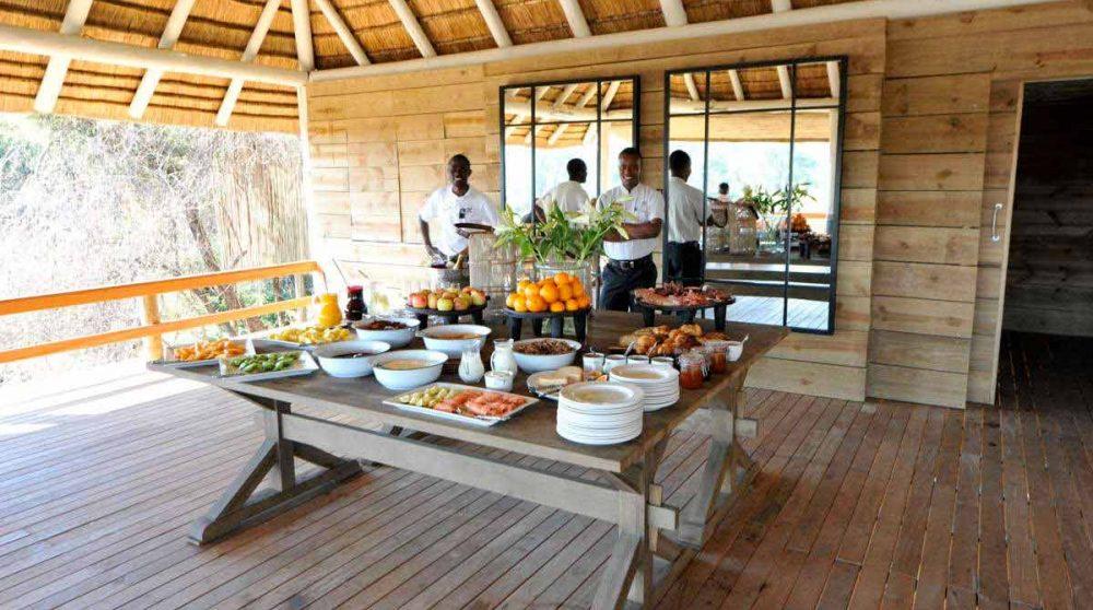 Buffet du petit-déjeuner en Afrique du Sud